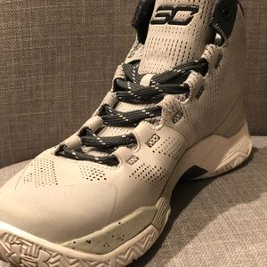 Under Armour Curry 2 The Storm Basketball Shoe